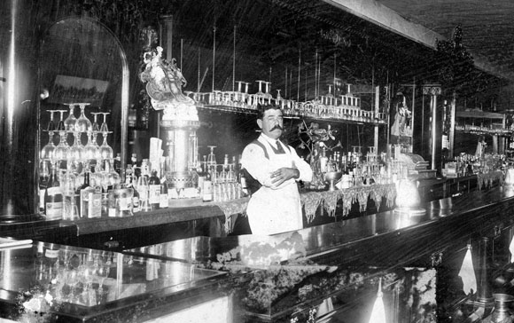 early1900s-bartender